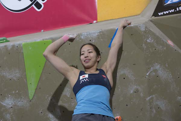 Noguchi Akiyo at the 2014 IFSC World Cup Boudering Toronto. Photo: Meagan Odonelis, Ruby Photo Studio