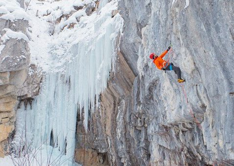 Jean-Pierre Ouellet during his first ever visit to the Canadian Rockies for ice climbing busy flashing an M8+.  Photo Tim Banfield